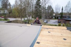 Huopien asennus katolle